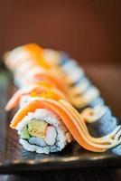maki sushi saumon