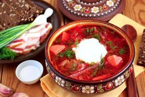 bortsch à la soupe ukrainienne photo