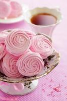 guimauves aux pommes roses cuites à la maison. photo