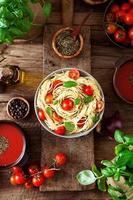 soupe de pâtes et tomates