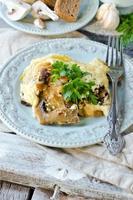 chou et champignons cuits au fromage