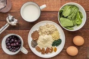 ingrédients de smoothie superalimentaire photo