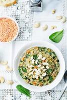 quinoa aux champignons et aux épinards photo