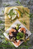 riz noir aux crevettes et courgettes photo