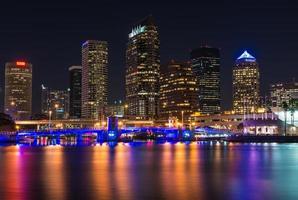 Tampa skyline photo