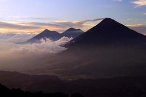 volcans guatémaltèques photo