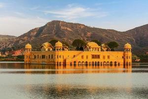le palais de l'eau rajasthan jaipur, inde photo