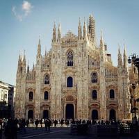 cathédrale de milan (duomo di milano) - filtre rétro. photo