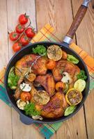 cuisses de poulet rôties dans la poêle