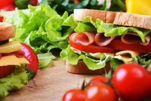 sandwich savoureux photo