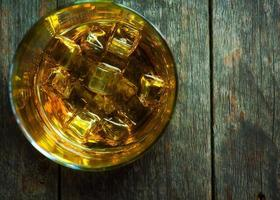 whisky bourbon dans un verre