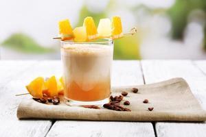 cocktail expresso servi sur table