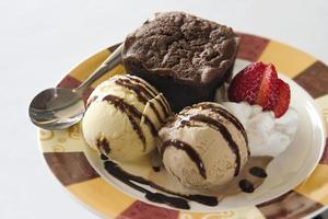 fondu et crème glacée