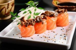 sushi gunkan photo