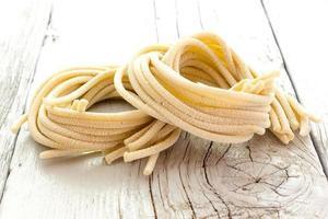 pici, pâtes roulées à la main photo