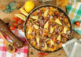 riz et fruits de mer photo