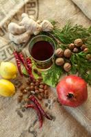 boissons chaudes et médicaments naturels photo