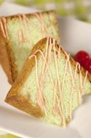 gâteau aux pistaches cerises photo