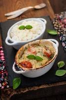 casserole de poisson aux légumes en sauce blanche photo