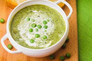 soupe à la crème de pois