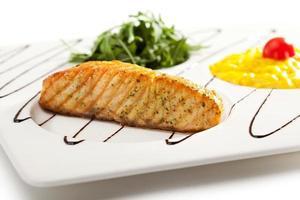 steak de saumon photo