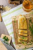 strudel aux épinards, fromage bleu et ail