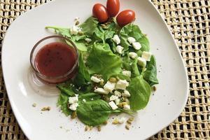 salade d'épinards au chou frisé