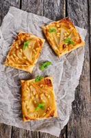 tarte aux poires et noix photo