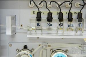 automatiser la chimie. photo