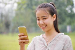regarde fille téléphone portable photo