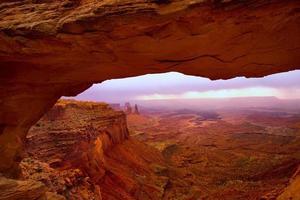 Arc mesa dans le parc national de canyonlands utah usa photo