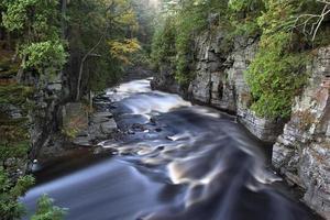 gorge de la rivière sturgeon