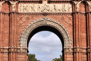 monument de barcelone photo