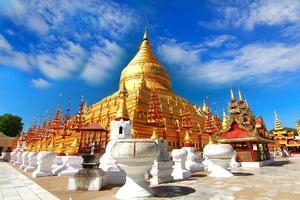 Temple shwezigon paya, bagan, myanmar. photo