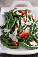 salade tiède aux haricots verts et parmesan photo