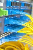 câble à fibres optiques dans le centre technologique photo