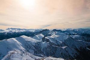 coucher de soleil montagne hiver photo