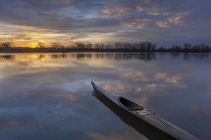 lever du soleil kayak photo