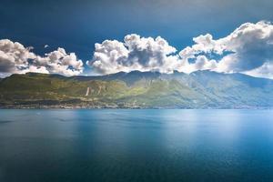 lac de garde italie photo