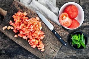 tomates hachées