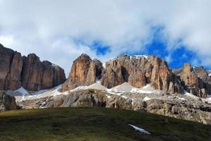 montagnes dans la dolomite photo