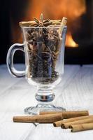 tasse de vin chaud chaud photo