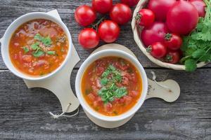 Soupe de tomates épicée photo