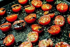 tomates cerises au four