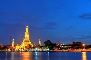wat arun à thaïlande bangkok photo