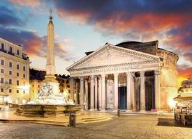 rome - fontaine de piazza della rotonda et panthéon