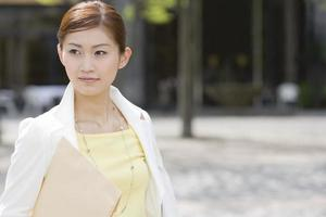 femme, tenue, documents photo