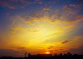 le coucher du soleil.
