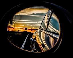 réflexion du coucher du soleil