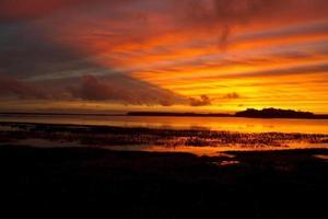 coucher de soleil lagon